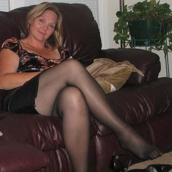 Nummertje maken met 43-jarig moedertje uit Gelderland